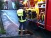 19. Mai 2012 - Beseitigung Unwetter-Folgen, Bereich Niederkirchen; Feuerwehrmann am Stromaggregat, Wörsbach Olsbrücker Straße