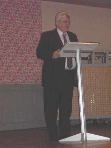 Bürgermeister Ulrich Wasser während seiner Ansprache.