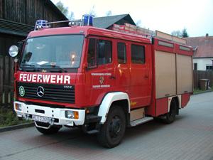 Das TLF Niederkirchen aufgenommen im Hof der Feuerwehr Otterberg