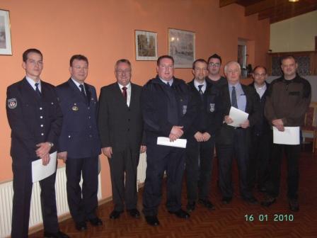 Von links nach rechts: Jörg Tremmel, Helmut Pfänder, Bürgermeister Martin Müller, Achim Zschunke, Oliver Woll, Sebastian Adam, Alfred Grard, Frank Eckfelder und Jürgen Welter.