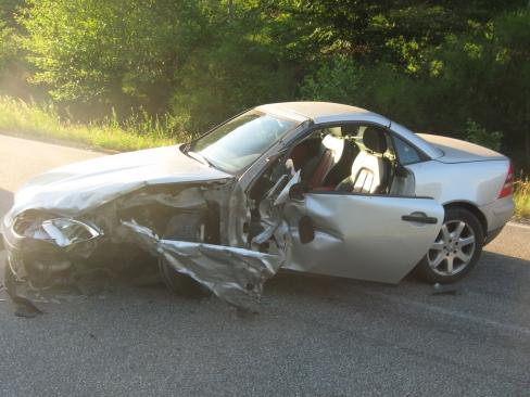 Der beschädigte Mercedes-Benz SLK