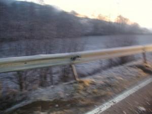 Beschädigte Leitplanke nach Verkehrsunfall, L382 Niederkirchen - Schallodenbach