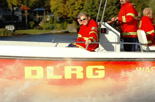 Flußfahrt mit DLRG Rettungsboot, Quelle: DLRG e.V.