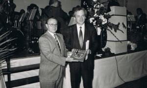 Bürgermeister Karl Bernhardt und Rudi Geil, MInister des Innern und für Sport.