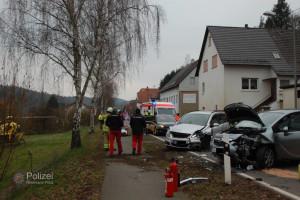 29. Februar 2016 - Verkehrsunfall, B270 Hirschhorn (Bild: Polizei)