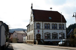 Das heutige Bürgerhaus in Hirschhorn, erbaut um 1900 als Schulgebäude.