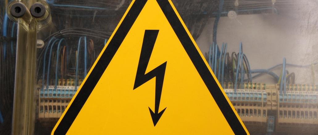 Warnschild Warnung elektrische Spannung Strom Symbolbild NEU ...