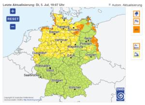 Deutschlandweite Warnkarte des Deutschen Wetterdienstes im Internet-Auftritt www.dwd.de mit ortsgenauen Warnungen, die Landkreisgrenzen nicht mehr berücksichtigen.