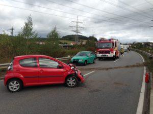 3. Oktober 2016 - Verkehrsunfall, B270 Otterbach - Kaiserslautern-Erfenbach