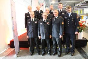 11. Deutscher Feuerwehr-Verbandstag in München, DFV-Präsidium mit Ralf Ackermann, rechts: Frank Hachemer. Foto: Silvia Darmstädter/DFV