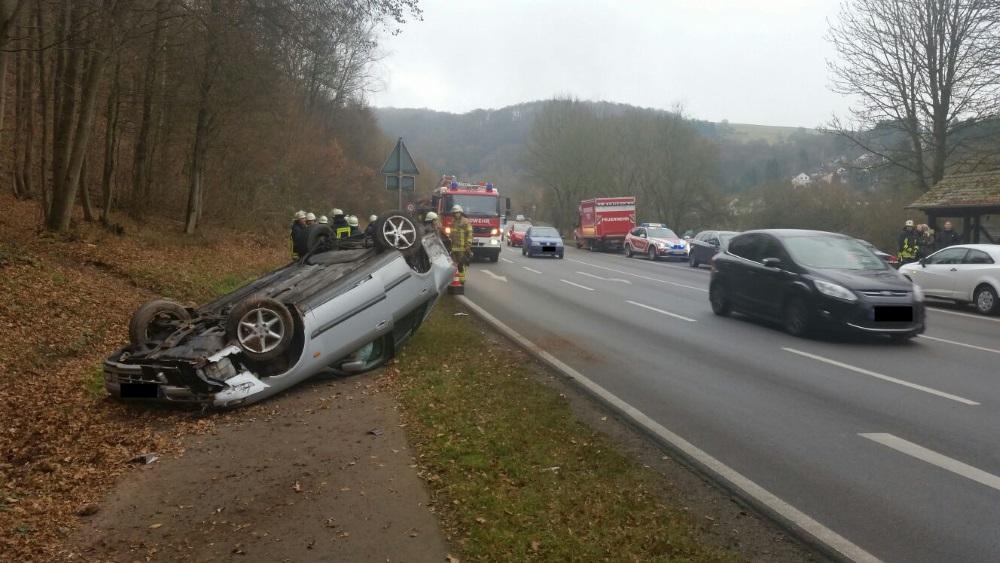 22. Dezember 2016 - Verkehrsunfall, B270 Hirschhorn - Olsbrücken