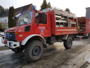 Rüstwagen der Feuerwehr Otterbach während des Einsatzes.