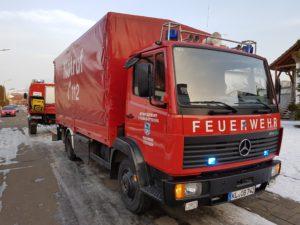 Mehrzweckfahrzeug der Feuerwehr Otterbach während des Einsatzes.