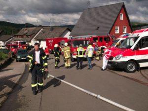 Die Feuerwehr und Einheiten des Kreises waren am 15. Juli 2016 wegen eines Gebäudebrandes nach Hirschhorn ausgerückt.