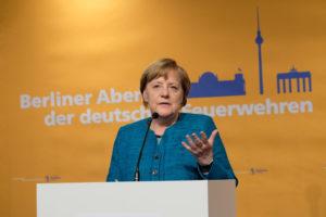 12. Berliner Abend der deutschen Feuerwehren am 17. Mai 2017 in Berlin, Bundeskanzlerin Angela Merkel, Foto: Rico Thumser/DFV