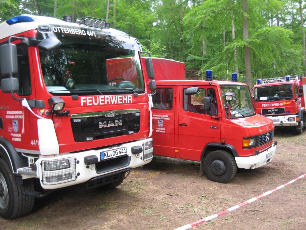 Frühlingsfest 2017, Einsatzfahrzeuge auf dem Waldfestplatz