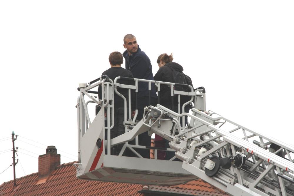Jugendfeuerwehrfest in Niederkirchen: Fahrt mit der Drehleiter