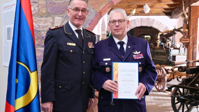 DFV-Präsident Hartmut Ziebs und Jürgen Kindelberger, Foto: Rico Thumser / DFV