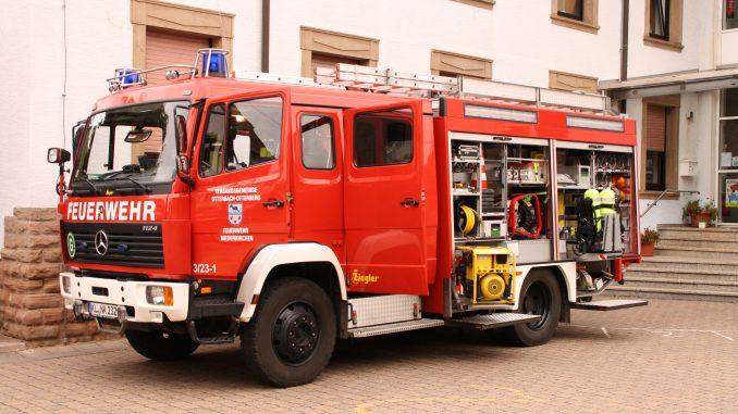 Symbolbild, Tanklöschfahrzeug (TLF 16/25) der Feuerwehr Niederkirchen
